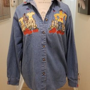 Halloween shirt with embroidered scarecrows PL